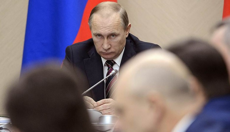 Putin demands to deal with the personnel of the leadership of Karelia
