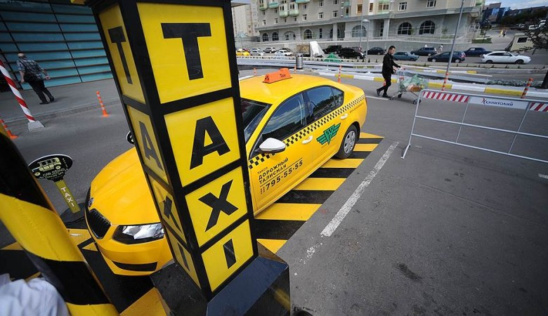 Ruined taxi service sells business together with drivers in Karelia